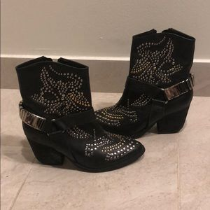 Limited edition Jeffrey Campbell boots
